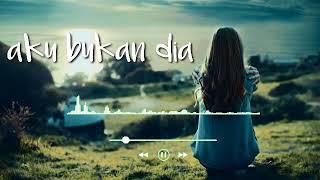 Download lagu Aku bukan dia (cover)
