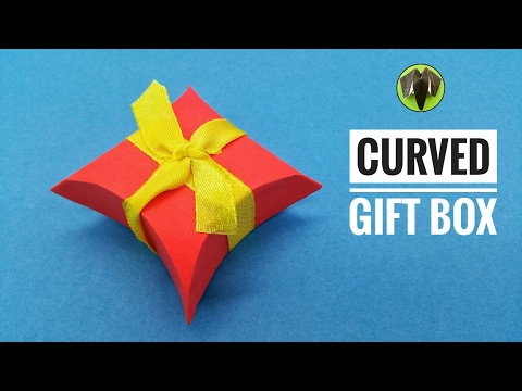 Curved | Pillow Gift Box for Mother's Day - DIY Tutorial by Paper Folds - 704