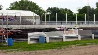 Figure 8 racing in Rock Rapids IA