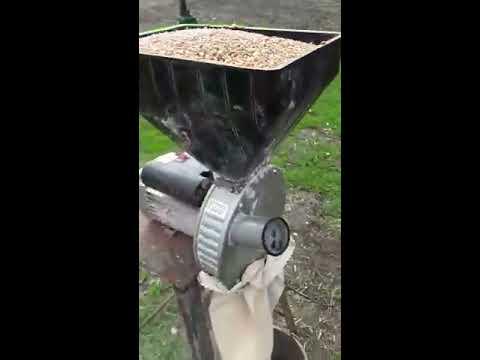 Зернодробилка ГАЗДА М-80 (2,5 кВт). Дробление зерна | ДКУ, крупорушка, млин