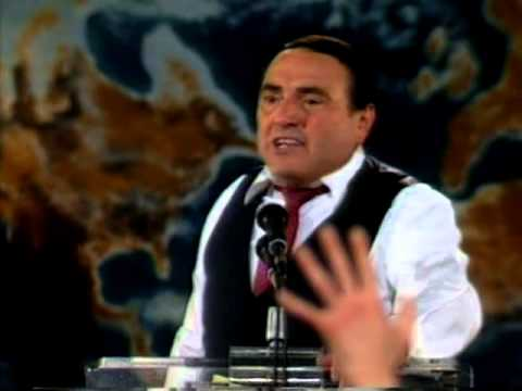 Morris Cerullo prays for Baptism in the Holy Spirit