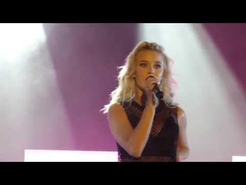 Zara Larsson - She's Not Me - Live @ Liseberg [4K]
