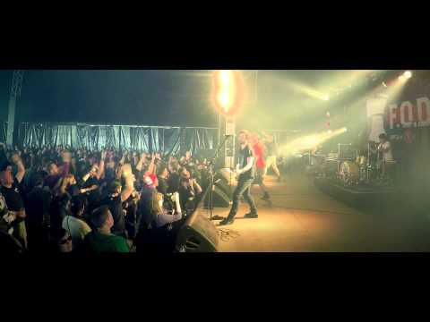 F.O.D. (live): 'Welcome to the show' at Groezrock 2015