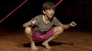D4 Junior Vs Senior I Aadhish's honey bee performance I Mazhavil Manorama