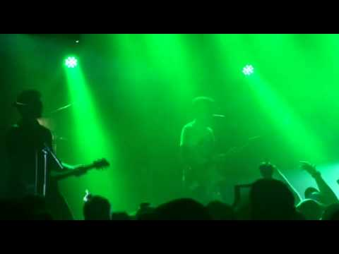 Kisschasy- Opinions Won't Keep You Warm at Night (Perth, 25/01/15)