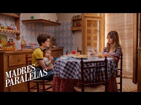 MADRES PARALELAS. Penélope Cruz, Milena Smit y Aitana Sánchez-Gijón.Ya en cines
