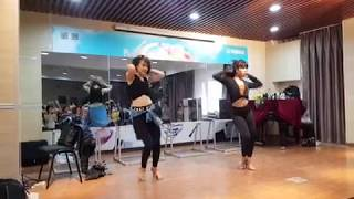 'Lejos De Ti' by Brenda & Vivi in Shanghai - Bachata ladies shines class