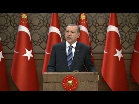Erdogan: Turkey won't implement migrant deal if EU falls short