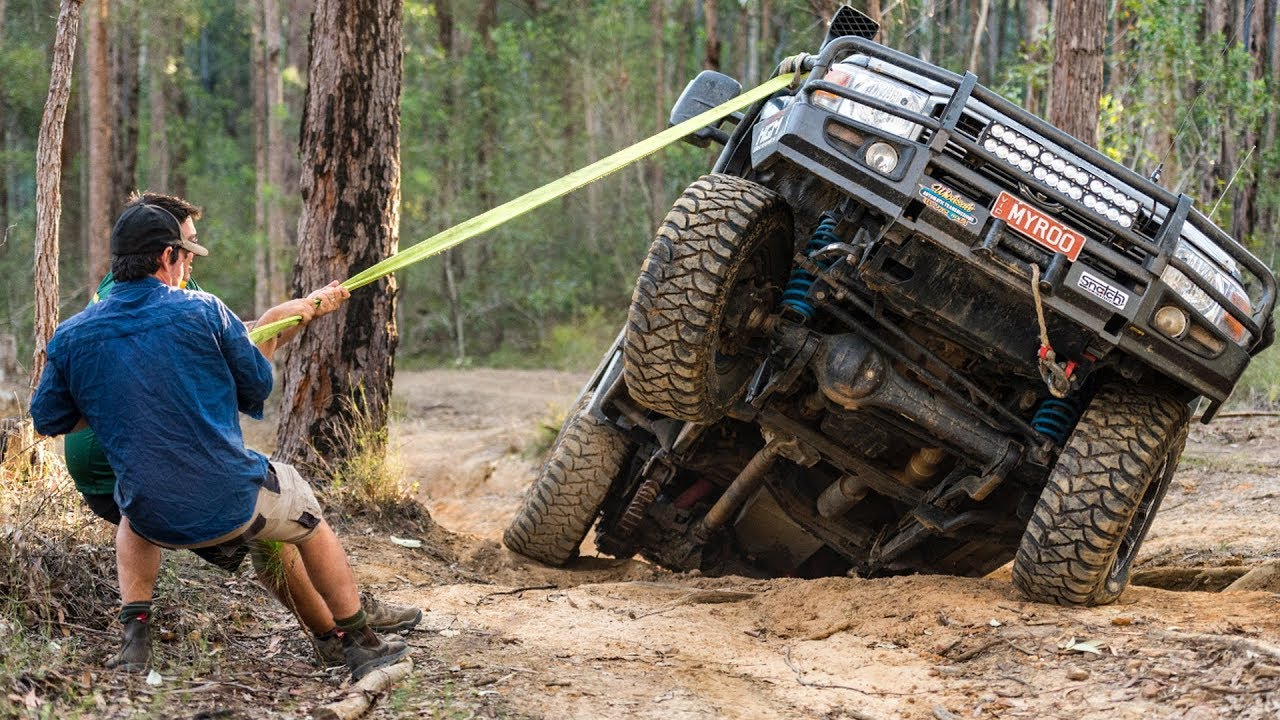 australia-s-toughest-4wd-tracks-broken-cvs-tailshafts-and-panel-damage-in-the-glasshouse-mountains
