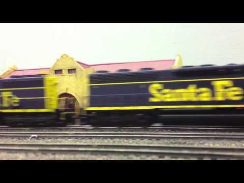 Santa Fe Trains at the Thunderbird Model Railroad Club