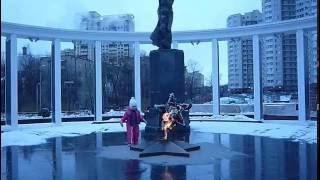 Мемориальный комплекс(Мемориал, открытый в честь и память воинов, которые пали в бою за Родину, в центре города, на площади. Мемори..., 2016-11-30T05:38:37.000Z)