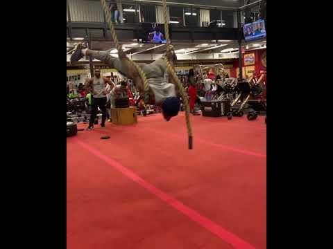 #AlphafitGod does Acrobatics