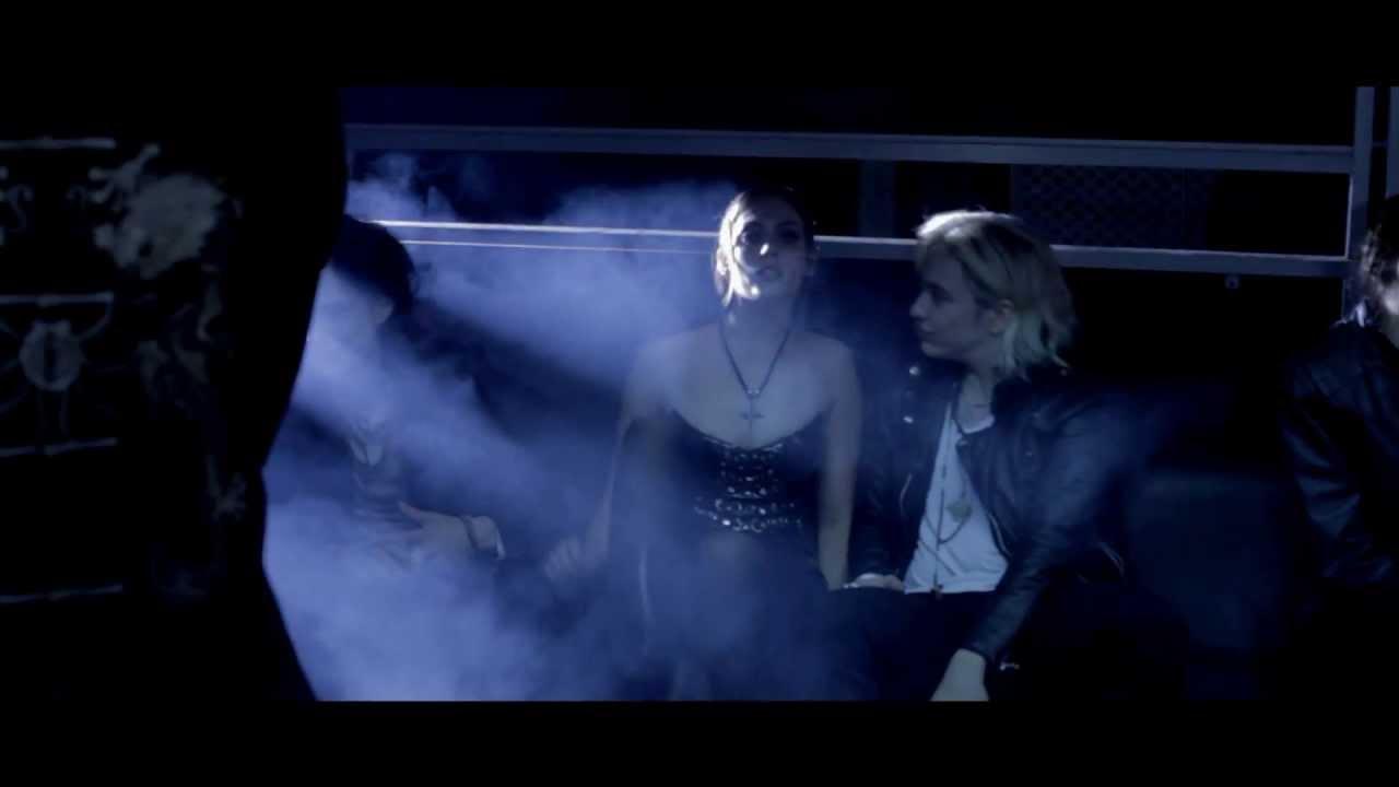 Bajos instintos - AIRBAG - VORAGINE - HD video oficial