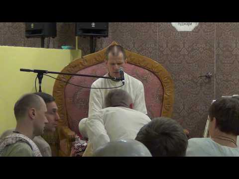 Бхагавад Гита 7.17 - Шри Джишну прабху