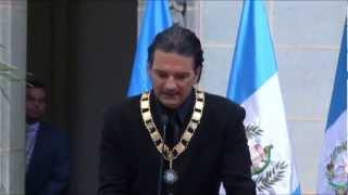 """Ricardo Arjona Recibe La Condecoración """"La Orden Del Quetzal"""" En Guatemala"""
