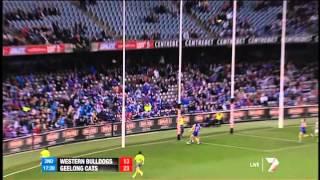 Steven Motlop kicks a great 50 metre goal for the cats