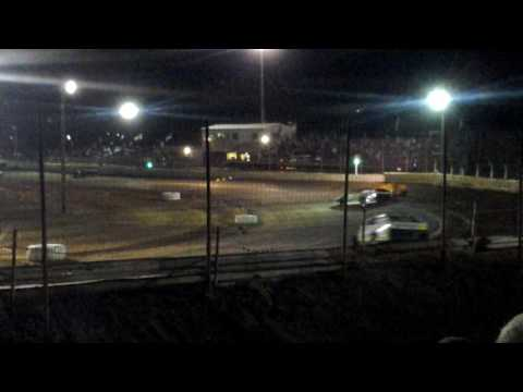 Boyd Raceway Opening Night modified feature 3-3-17