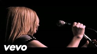 Watch Saint Etienne Tonight video