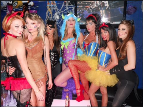 Themed parties for adults halloween