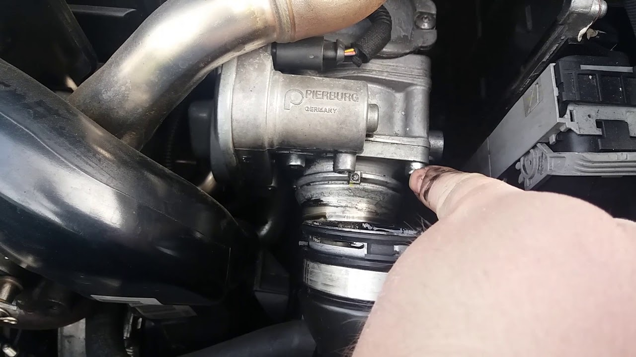 astra j throttle body location and cleaning a17dtr engine zafira meriva  YouTube