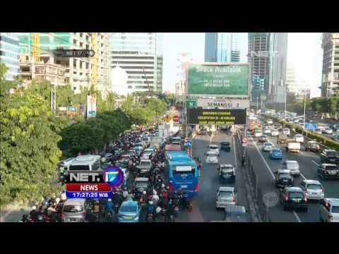 Kondisi Jalan Gatot Subroto Jakarta pada Jam Pulang Kantor - 14 Juli 2014 -NET17