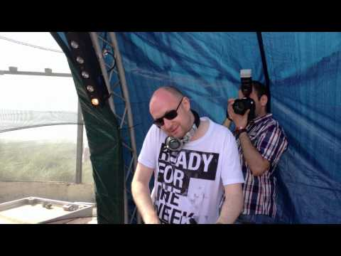 Ronny K Playing Reconceal & Andy Blueman - The World To Come (AB Mix) Luminosity Beach Festival 2012