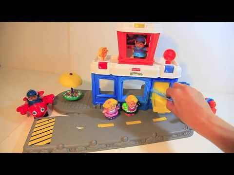Fisher price little people toys airport play set review for Chaise 4 en 1 fisher price