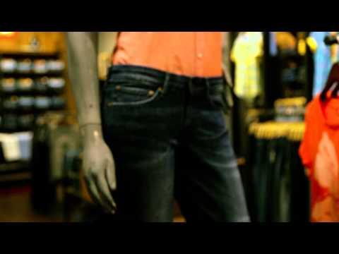 Levi's Jeans at Dubai Marina Mall