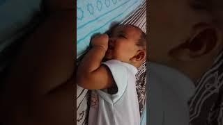 Gambar cover bayi 4 bulan udah bisa apa ya