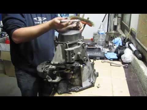 peugeot-207---be4-gearbox-overhaul-(part-1)