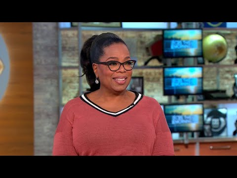 """Oprah Winfrey on who she channeled for her """"A Wrinkle in Time"""" character"""