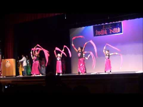 Itni si hansi - kids performance -  IAKC...