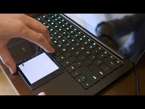 Download Youtube: Razer Project Linda turns your phone into a laptop