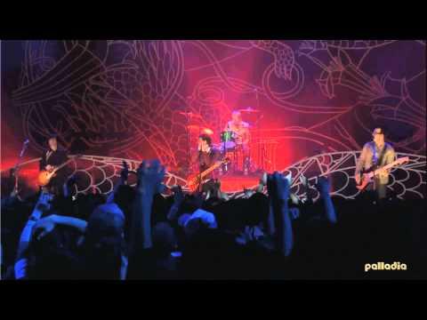 Weezer - Surf Wax America (live Japan 2005) [HD]