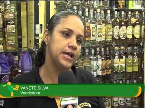Cachaça é atração entre turistas em Minas Gerais
