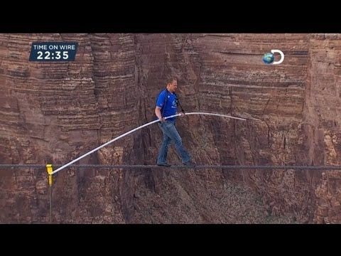 US daredevil completes Grand Canyon tightrope walk