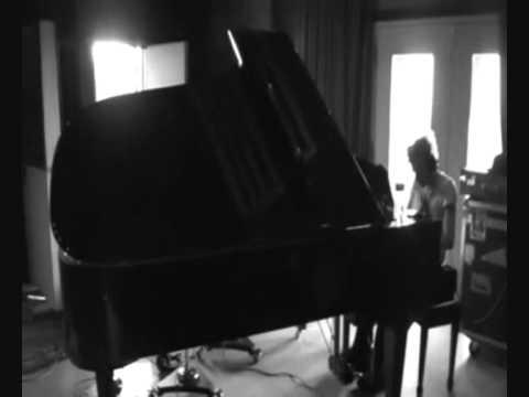 Crash Sum 41 - Music Video