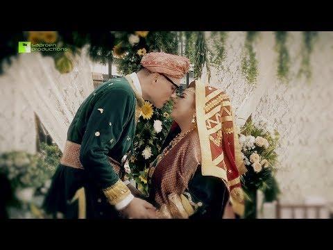 Ijab-Qobul BAHASA INGGRIS: The Wedding JONATHAN & LARAS