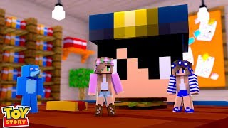 DOLLS GET CAUGHT COMING ALIVE | Minecraft Toystore | Little Kelly