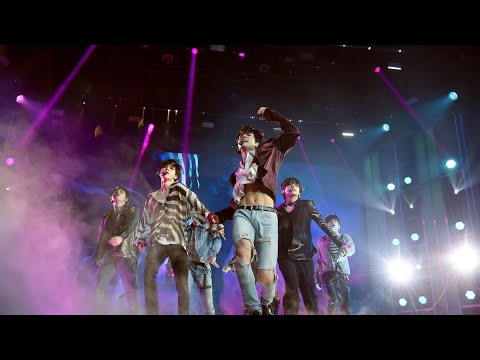 "BTS (방탄소년단) - BBMA 2018 ""Fake Love"" Live Performance HD"