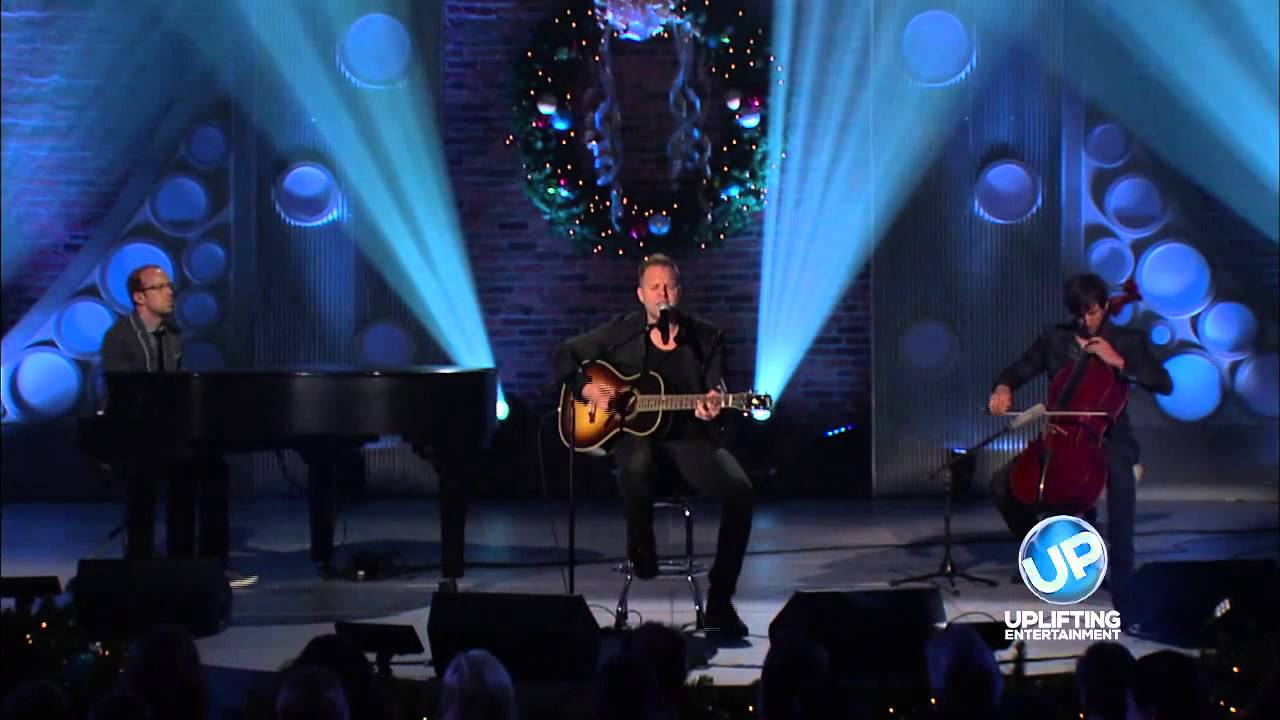 Matthew West The Heart Of Christmas.Matthew West Performs The Heart Of Christmas