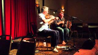 David Munnelly & Mick Conneely – Worchester, MA 2013