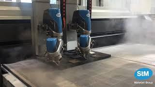 STM Wasserstrahlschneiden mit zwei Schneidköpfen | Reinwasser