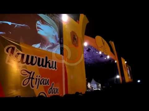 Indonesia Raya -  Iwan Fals Live Hari jadi Kabupaten Karanganyar ke 98 Alun Alun Karanganyar