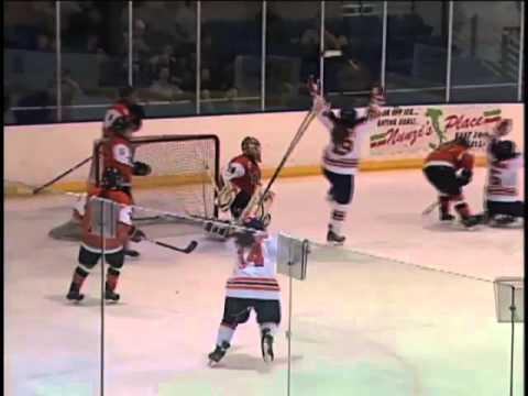 Sadie St. Germain Scores Game-Winner Against RIT - Syracuse Hockey