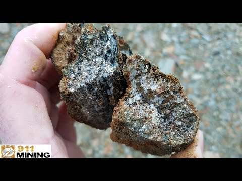 High Grade Platinum & Gold Samples Found In An Abandoned Quarry!