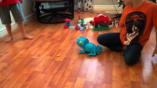 Chameleon Crunch, Game for Preschoolers
