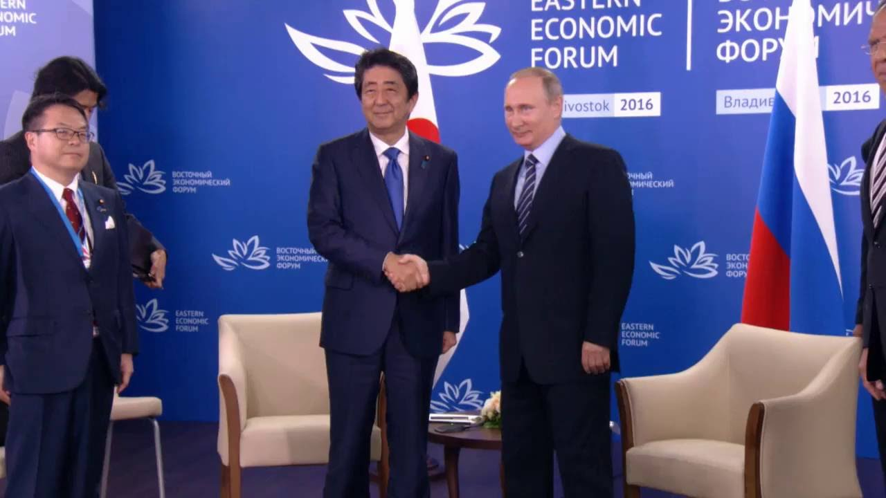プーチン大統領と安倍首相、東方...