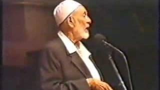 Answer to a Christian lady on Muslim Head Scarf and Veil...FUNNY Sh. Ahmed Deedat...