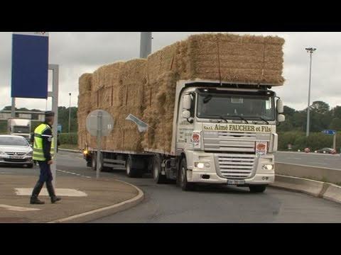 transport de paille gratuit sur les autoroutes youtube